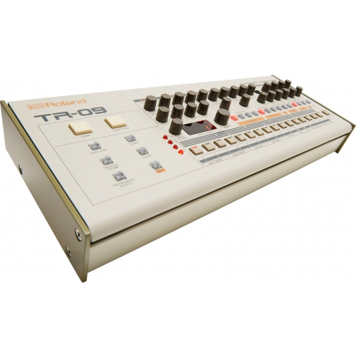 tr-09-front